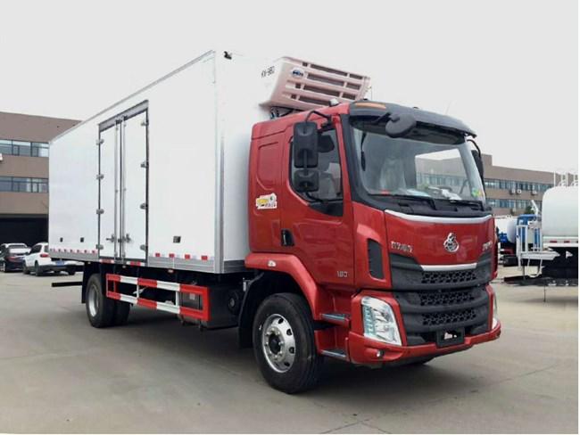 东风柳汽冷藏车(6.8米)